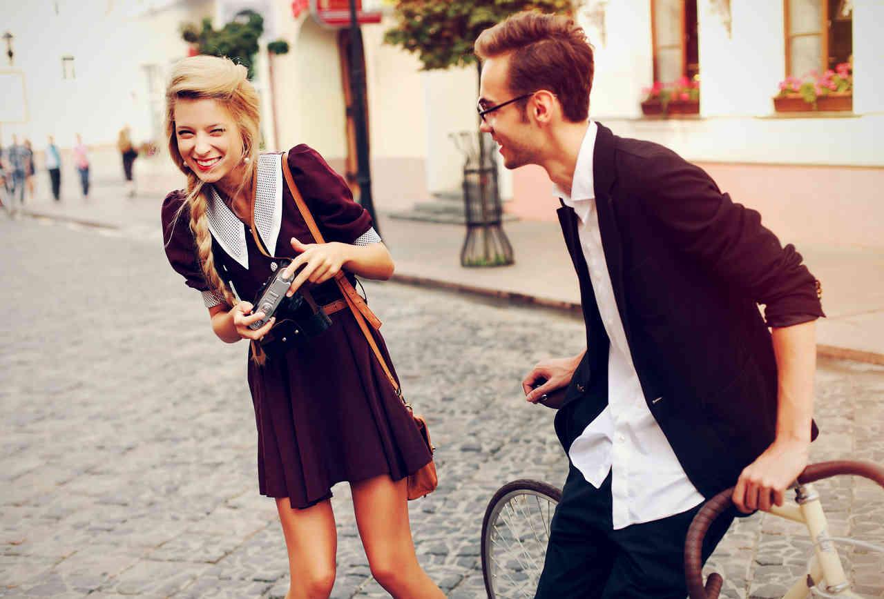 venkovská dívka rande s městským chlapcem