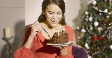 žena jí o vánocích